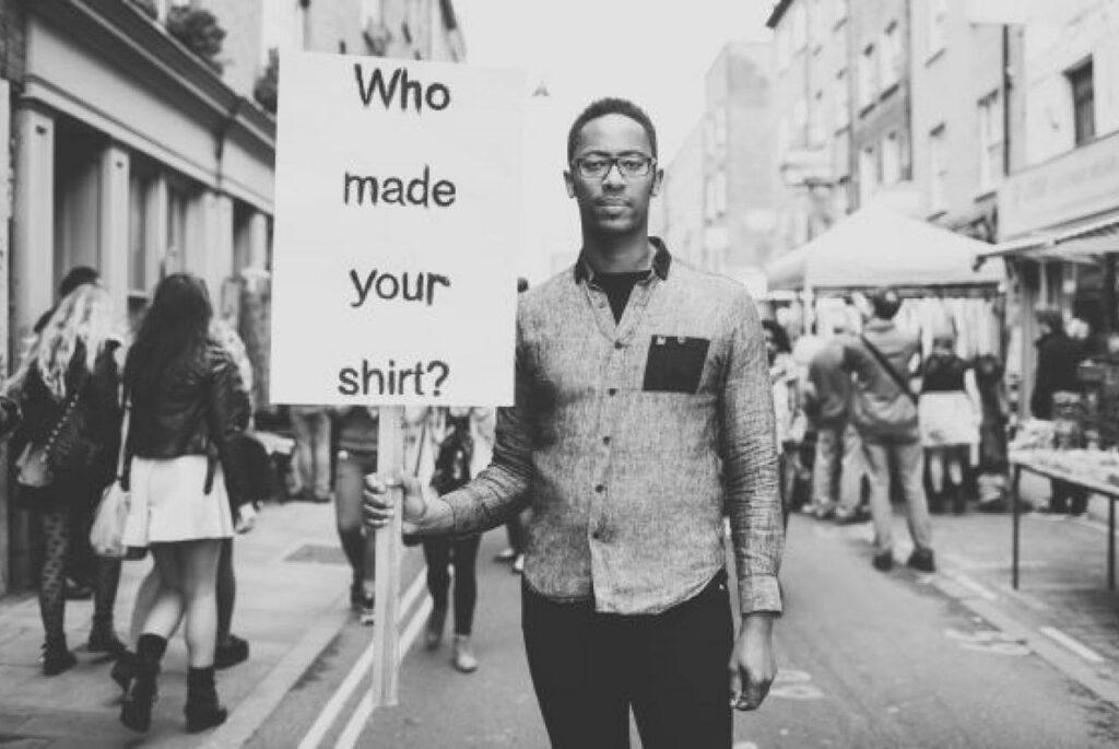 Brothers we stand abbigliamento sostenibile